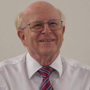 Dr. Ulrich Schlüer